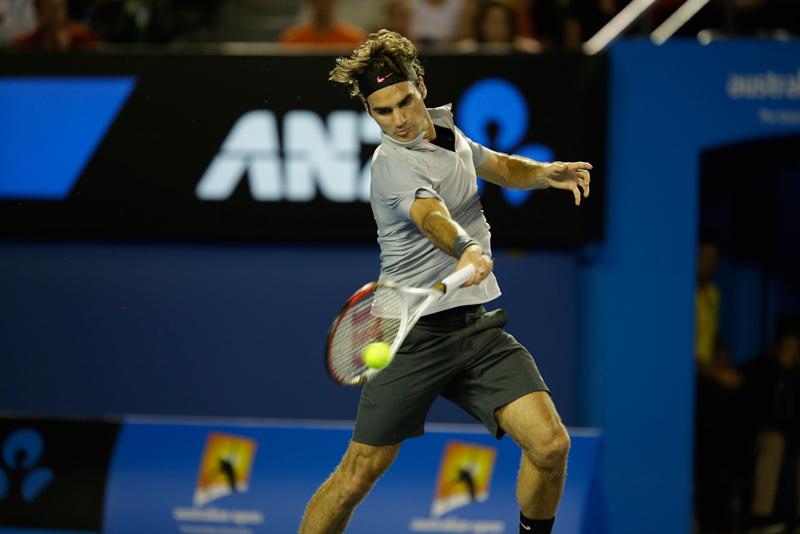 テニスで肘を伸ばしたら劇的に上達した話